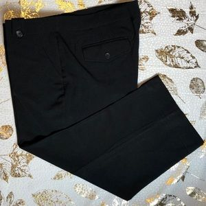 The Limited Capris Pants Black